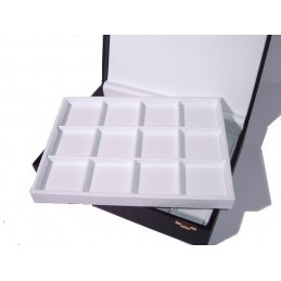 Presentation box 2 trays 24 individual squares 75x75mm