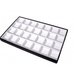 Trays with 28 squares 5x5,5...