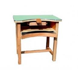 Workbench for goldsmiths in...
